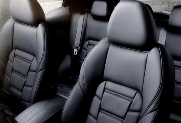 Nissan Qashqai interior | Total Renting