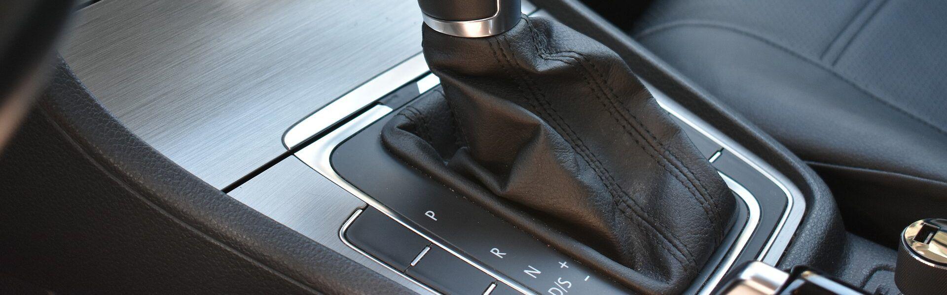 truco-conducir-coche-automatico