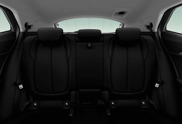 BMW X2 Sdrive18d asientos   Total Renting