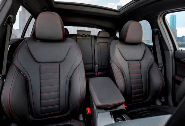 BMW X4 Xdrive20d interior | Total Renting