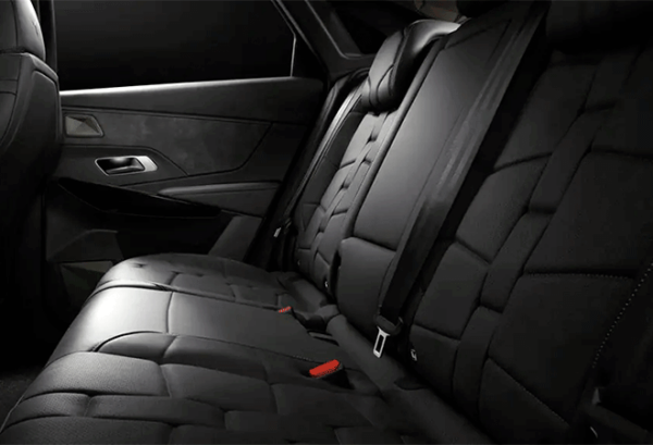 Ds7 Crossback Bluehdi Auto.So Chic interior | Total Renting