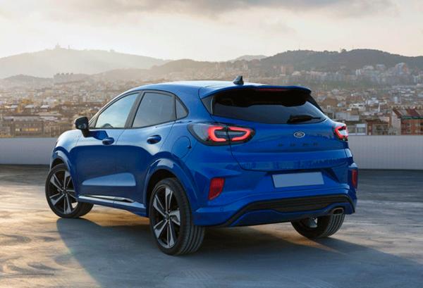 Ford Puma 1.0 Ecoboost Titanium Mhev atras | Total Renting