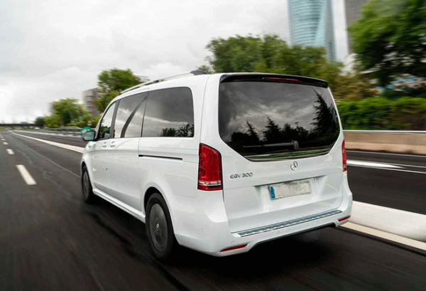 Mercedes Eqv 300 Largo e100 atras | Total Renting