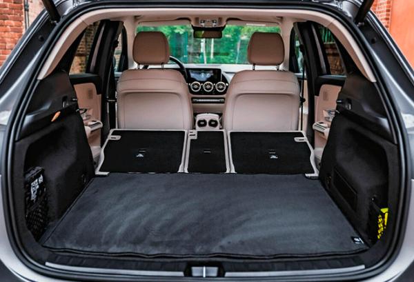 Mercedes GLA 200d maletero | Total Renting