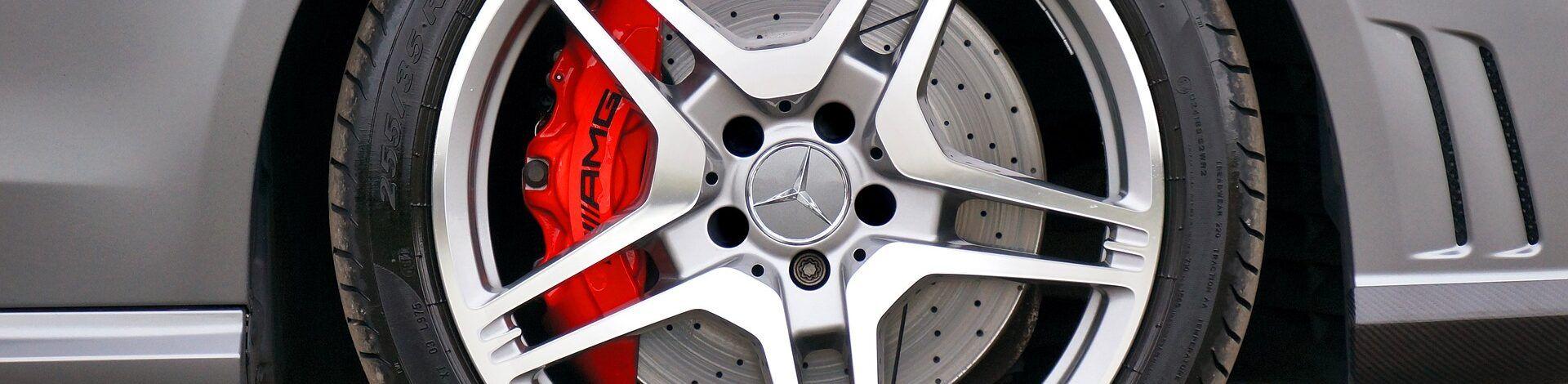 como equilibrar la rueda de un coche