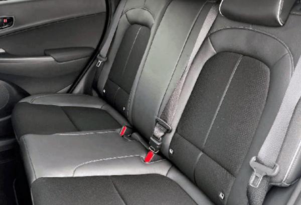 Hyundai Kona 1.6 GDI HEV Maxx DCT interior | Total Renting