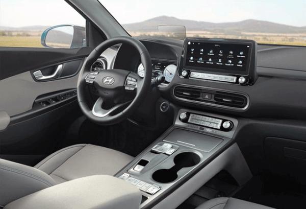Hyundai Kona 100kW EV Maxx tablero   Total Renting