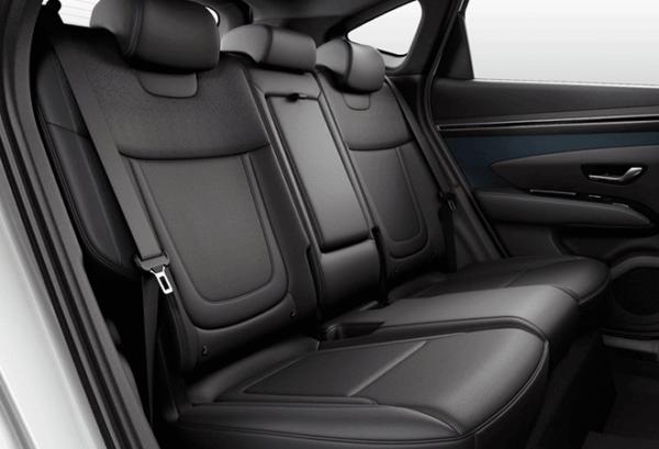 Hyundai Tucson 1.6 TGDI PHEV Maxx Auto 4x4 interior | Total Renting