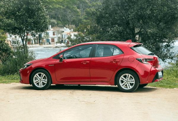 Toyota Corolla 125H Active Tech horizontal | Total Renting
