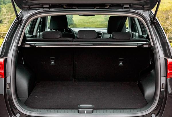 Kia Sportage 1.6 MHEV Drive Plus 136CV 4x2 maletero | Total Renting