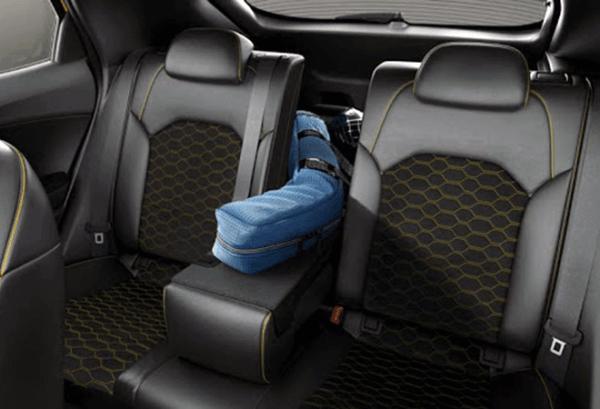 Kia XCeed 1.6 PHEV eTech interior | Total Renting