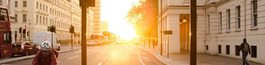 Evitar el deslumbramiento significa evitar accidentes. Descubre cómo hacerlo