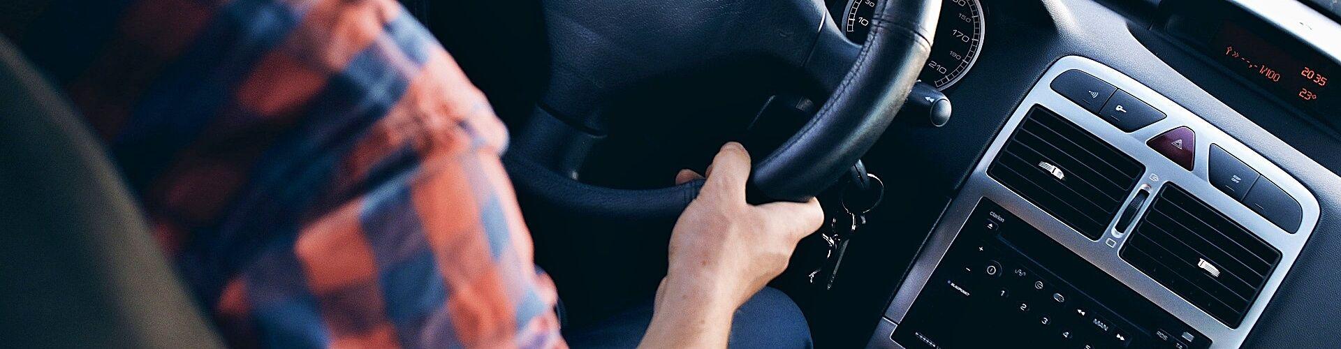 cambiar-limpiar-filtro-aire-acondicionado-coche